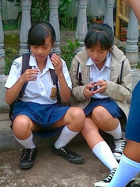 Koleksi Foto Ngintip Celana Dalam Cewek SMP SMA
