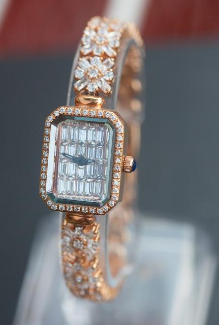 Đồng hồ nữ chanel đính đá đẹp nhất 2015