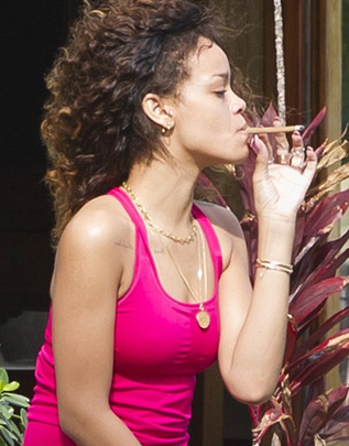 Taylor Swift Smoking Cigarettes But cigarettes are smoked it