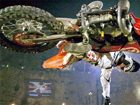foto dan gambar aksi motor cros