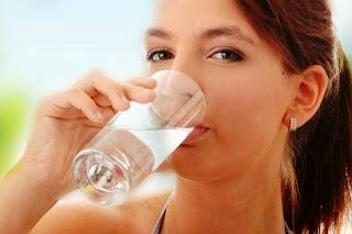 Pentingnya Minum Air Setelah Bangun Tidur | ilmu-top.blogspot.com