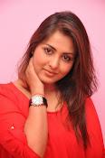 Madhu shalini latest glam pics-thumbnail-17