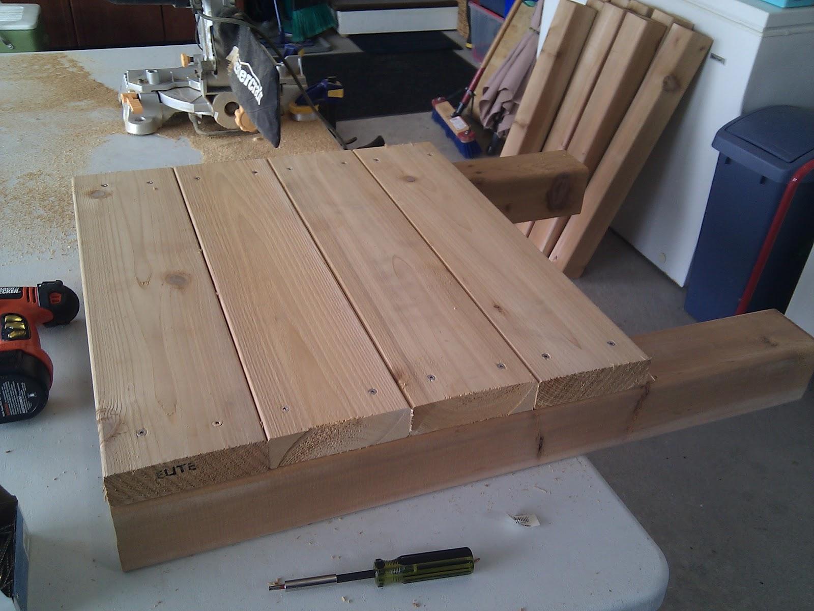 construction de bacs pour potager sur lev s ch rie a va couper. Black Bedroom Furniture Sets. Home Design Ideas