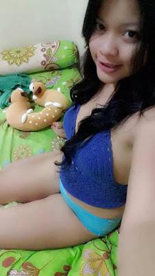 Cerita Seks Lina ABG Mudah Horny