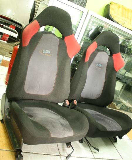 Dingz garage seat subaru sti version 5 complete for Garage seat argenteuil 95