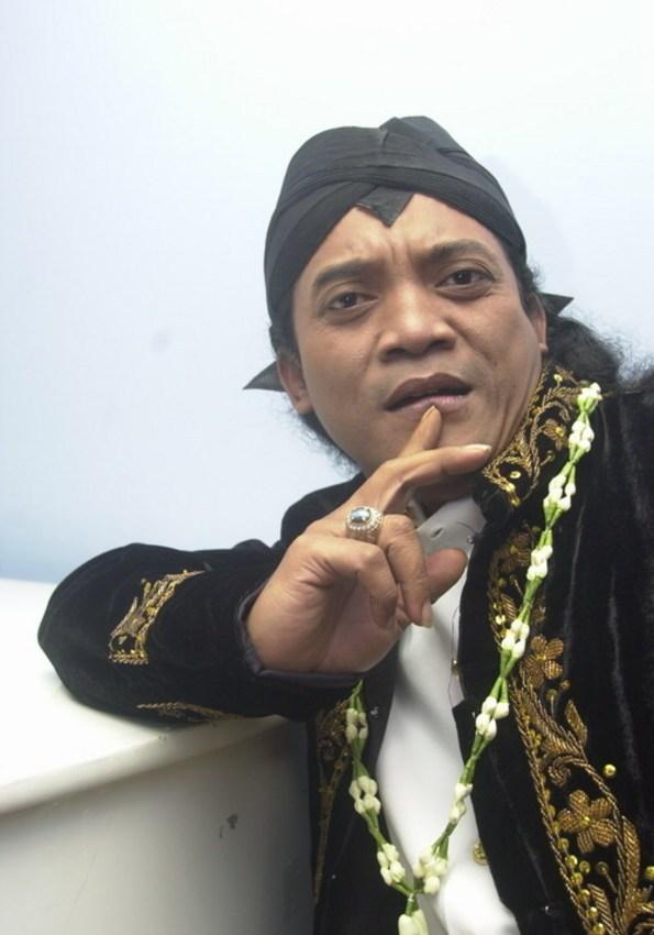 Ing Sawijining Dino: Download Gratis MP3 Campursari Didi Kempot
