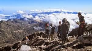 Cara Mendaki ke Gunung Semeru yang Aman