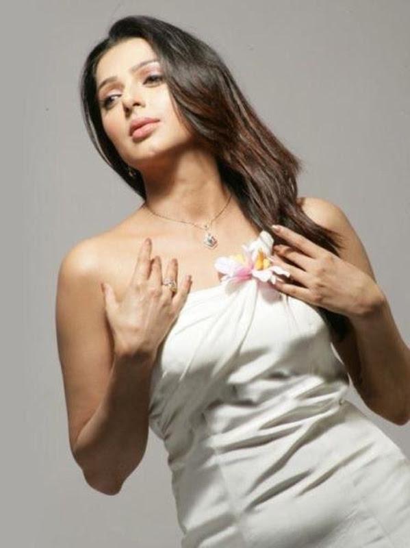 Bhumika Chawla Photoshoot hot photos