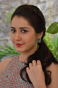 Rashi Khanna latest glam photo shoot-thumbnail-6