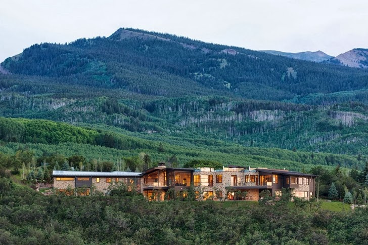 Modern mountain house in Aspen, Colorado