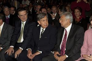 Cárdenas une a la izquierda mexicana en torno a Andrés Manuel López Obrador.