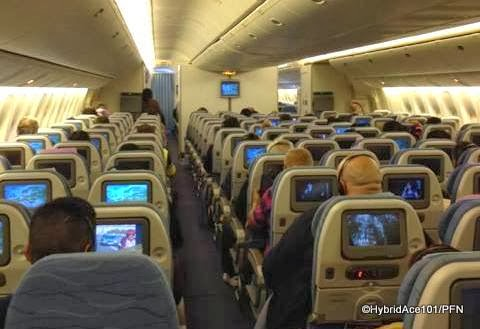 pal boeing 777 economy class