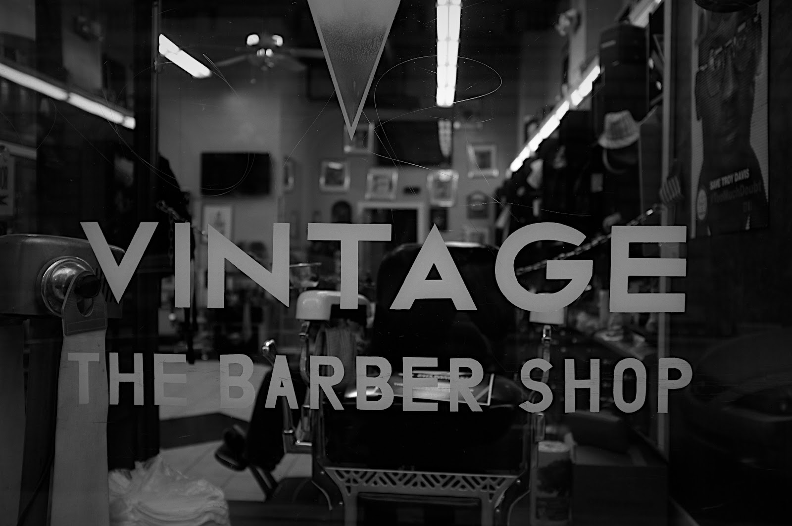 Poons Photo Blog: Atlanta - Vintage Barber Shop