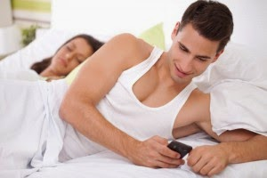 21 Most Funny SMS For Husband And Friends