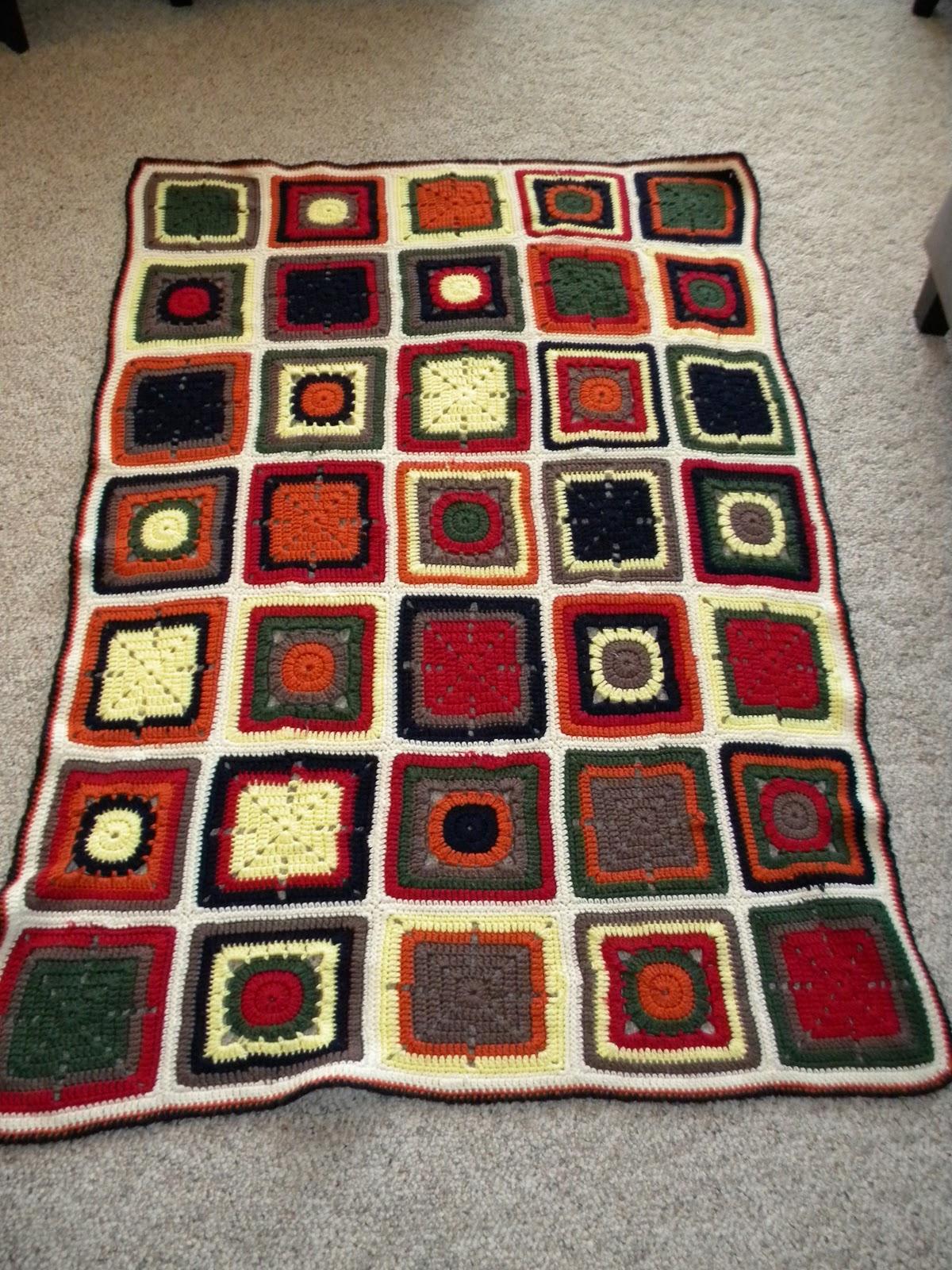 Crochet Patterns Patchwork Quilt : Knotty Knotty Crochet: Patchwork Quilt