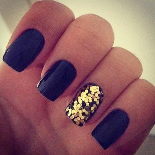 Black Nail Design...