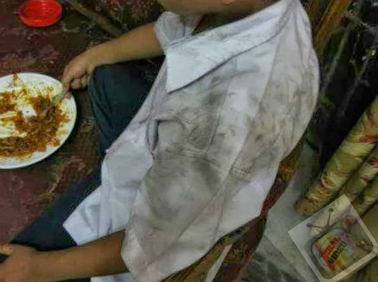 Ibu Malas Basuh Baju, Anak Ke Sekolah Dengan Baju Kotor Setiap Hari