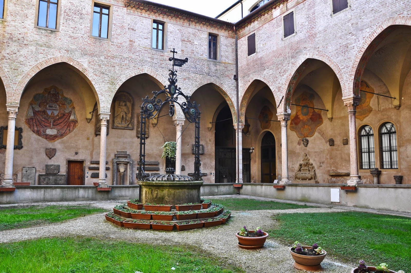 The cloisters of St. Anthony's Basilica in Padua-2