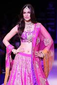 Kriti Sanon latest glamorous raml walk-thumbnail-3