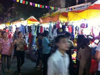 Vieux marché de Hanoi. Marché historique de Hanoi
