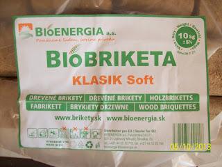 Słowacki brykiet drzewny w polskim markecie
