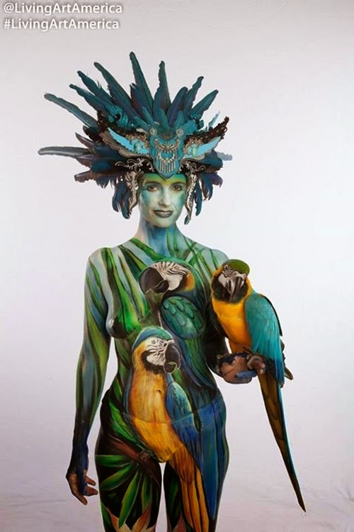 13-Gesine-Marwedel-Living-Art-in-Body-Painting-www-designstack-co