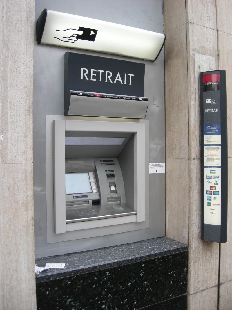 Billeves es la nostalgie le distributeur et la carte bancaire - Carte aurore retrait distributeur ...