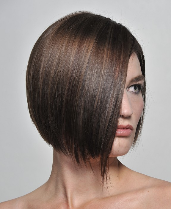La moda en tu cabello: Cortes de pelo mediano Alisado 2015