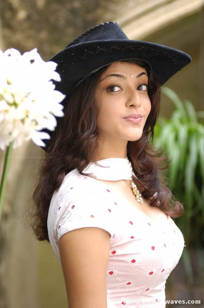 Kajal Agarwal Wallpapers and