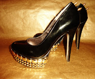 CUSTOM :  STUDDED SHOES