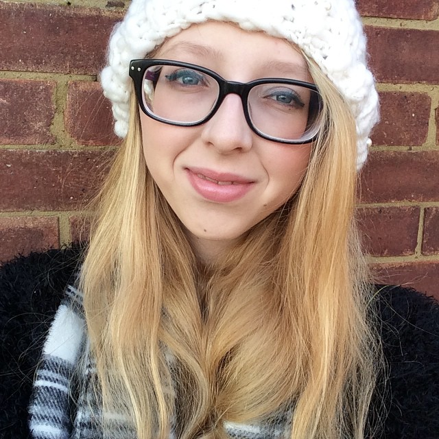 AMANDA | 20 | UK