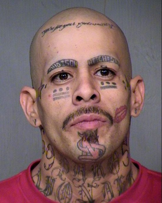 Wtf face tattoos 15 pics too much crap not enough for How much for a tattoo