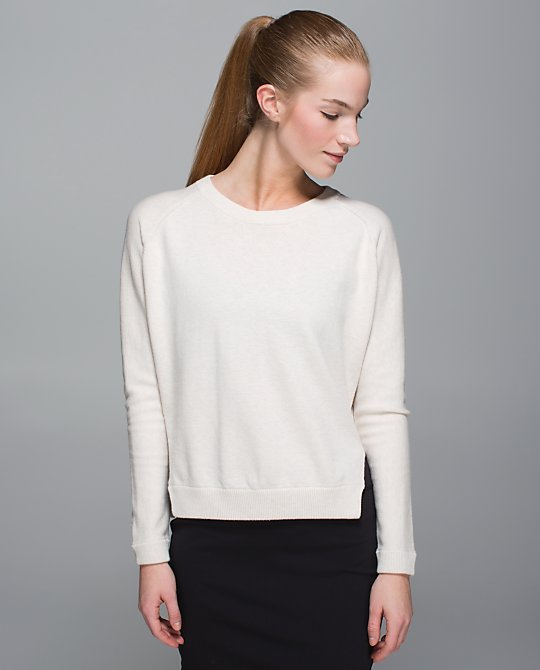 lululemon-bhakti-life-sweater