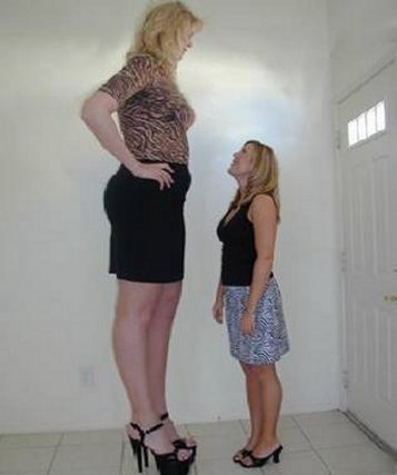 Worlds tallest woman 3