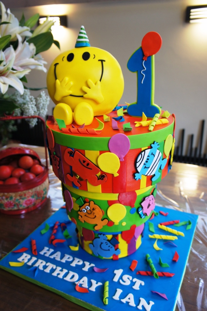 Birthday Cake Images Down : Celebrate with Cake!: Upside Down Mr Men Cake