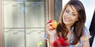 Mengapa Buah Sebaiknya Dikonsumsi Sebelum Makanan Berat