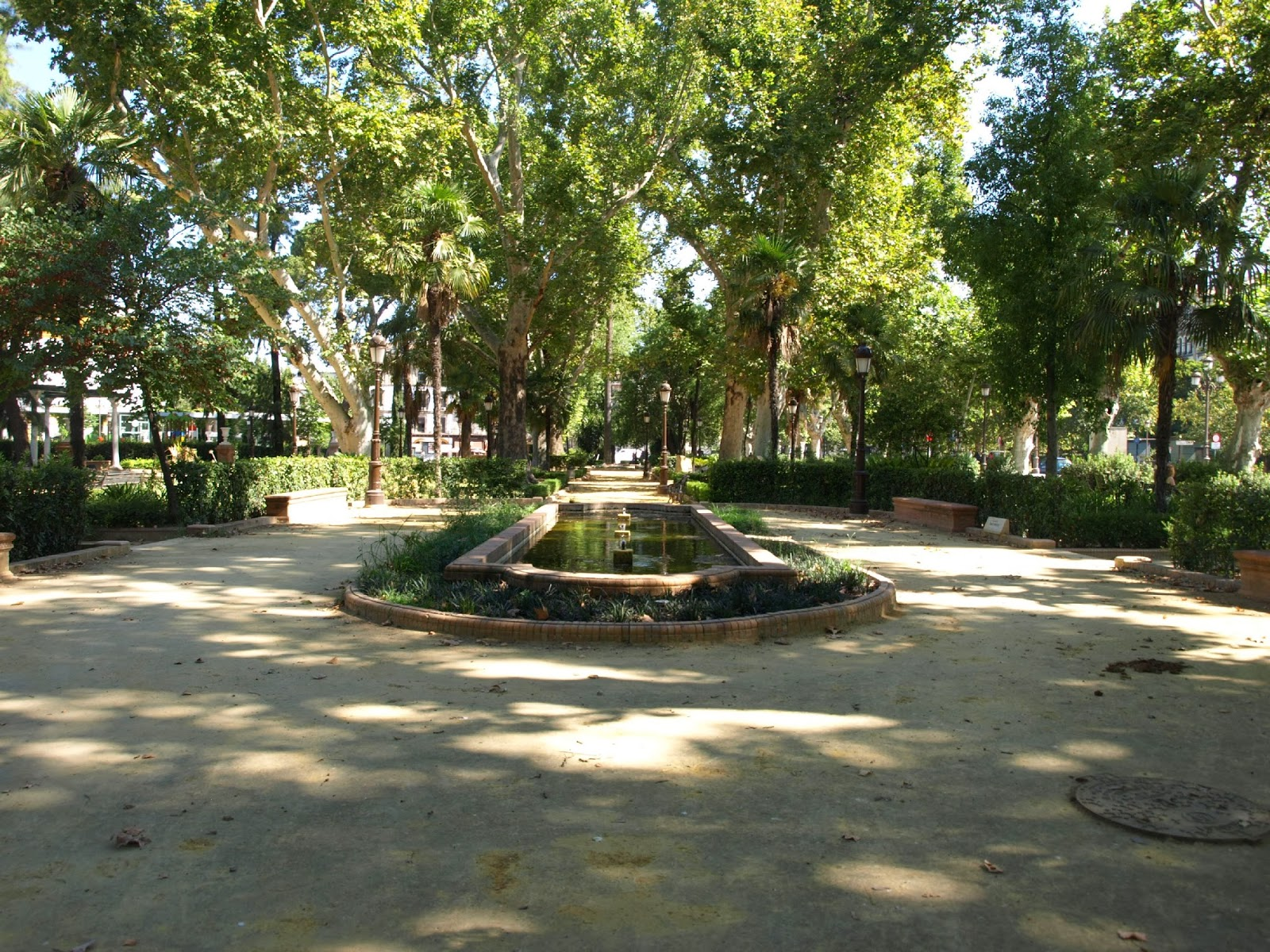Sevilla daily photo los jardines de la reina cristina 8 la glorieta de emilio prados - Jardines de la reina ...