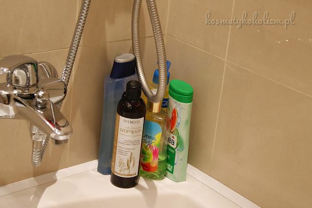 Jak wygląda Wasza łazienka, ile kosmetyków macie na wierzchu?