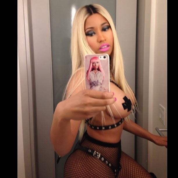 "Miren el disfraz de Nicki Minaj en halloween ""dominatrix"""