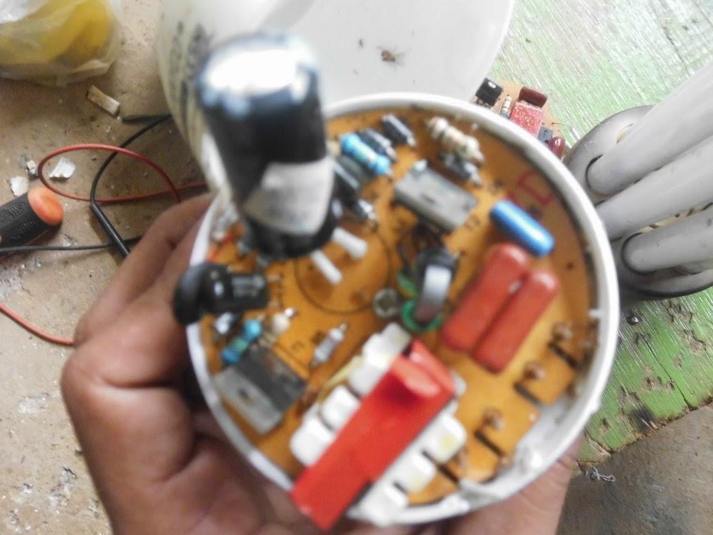 Cara Memperbaiki Lampu Hemat Energy Model Jari