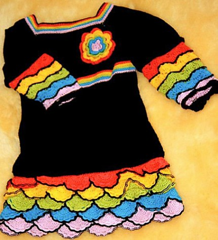 Black Beauty Dress for a Little Girl - Free Pattern