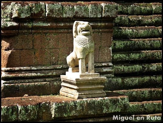 Phimeanakas-Angkor-templos-3