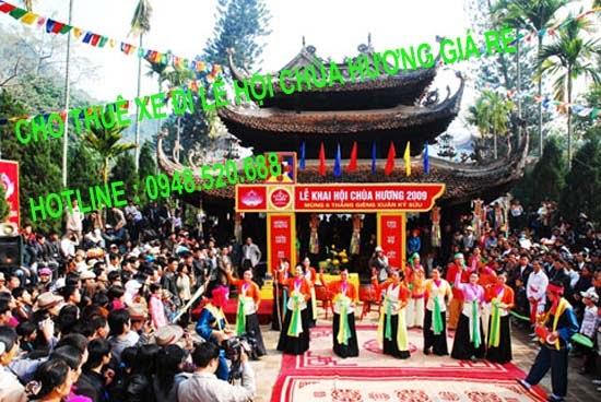 thuê xe đi hội chùa hương