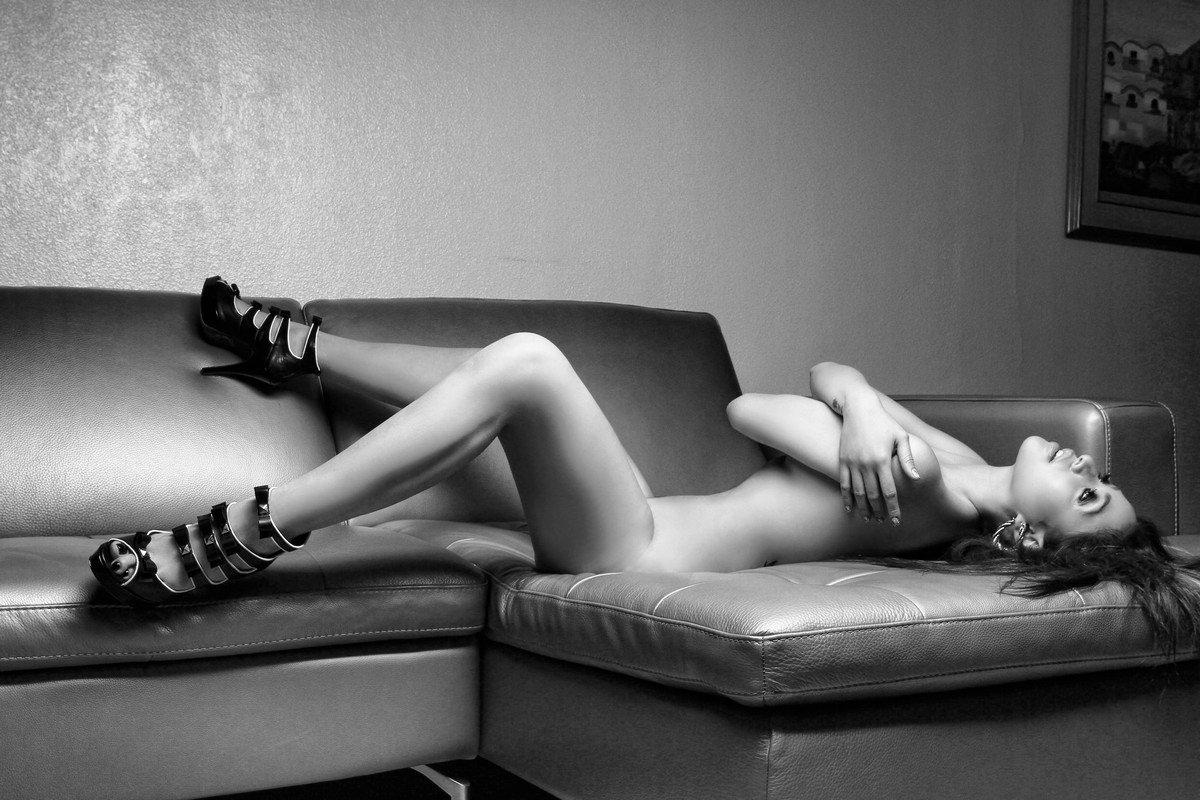 paloma esmeria nude photoshoot 01