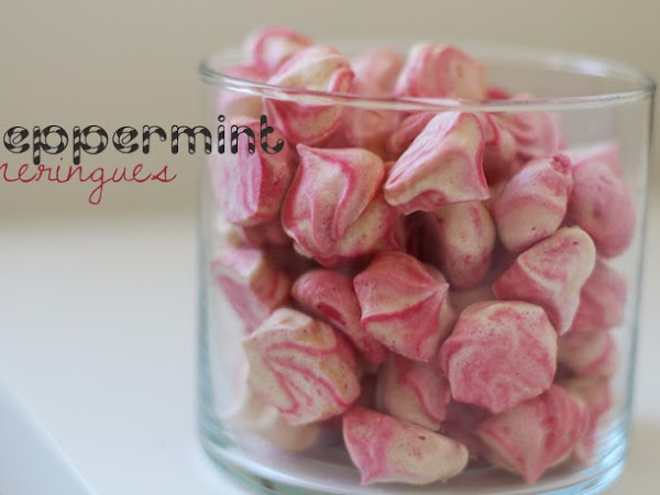 Photo-A-Day: 18 (Peppermint Meringues)