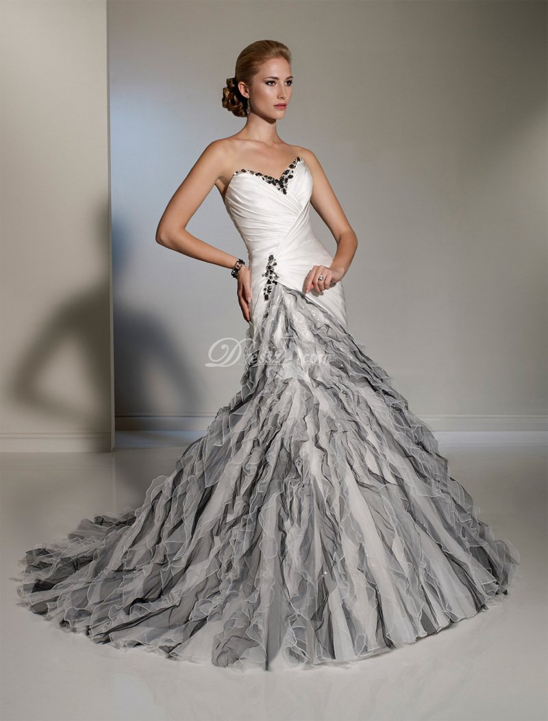She fashion club black and white mermaid wedding dresses for Black mermaid wedding dresses