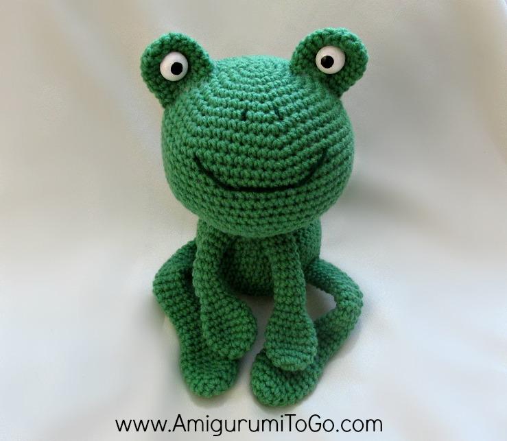 Amigurumi Frog Free Pattern : Amigurumi Birthday Frog ~ Amigurumi To Go