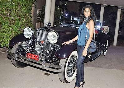 sunkavalli vasuki ,sunkavalli vasuki wins miss india universe 2011 cute stills