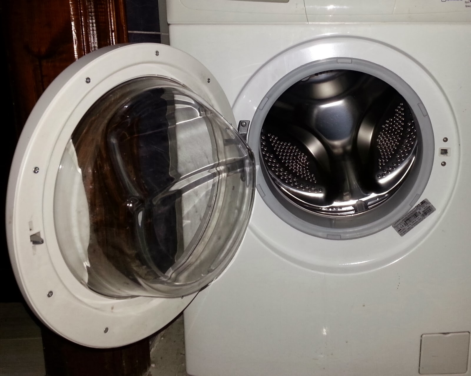 Tips To Keep A Front Loading Washing Machine Odor Free