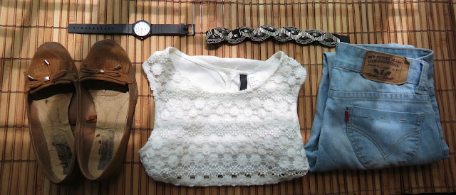 Fashion outfit set cropped top